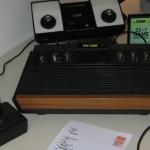 Atari Spielekonsole mit Pac Man